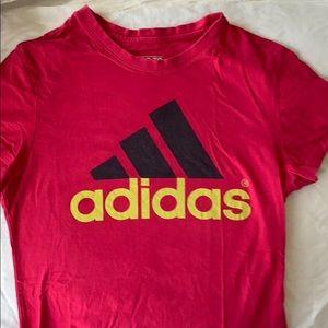 Medium Adidas go to tee